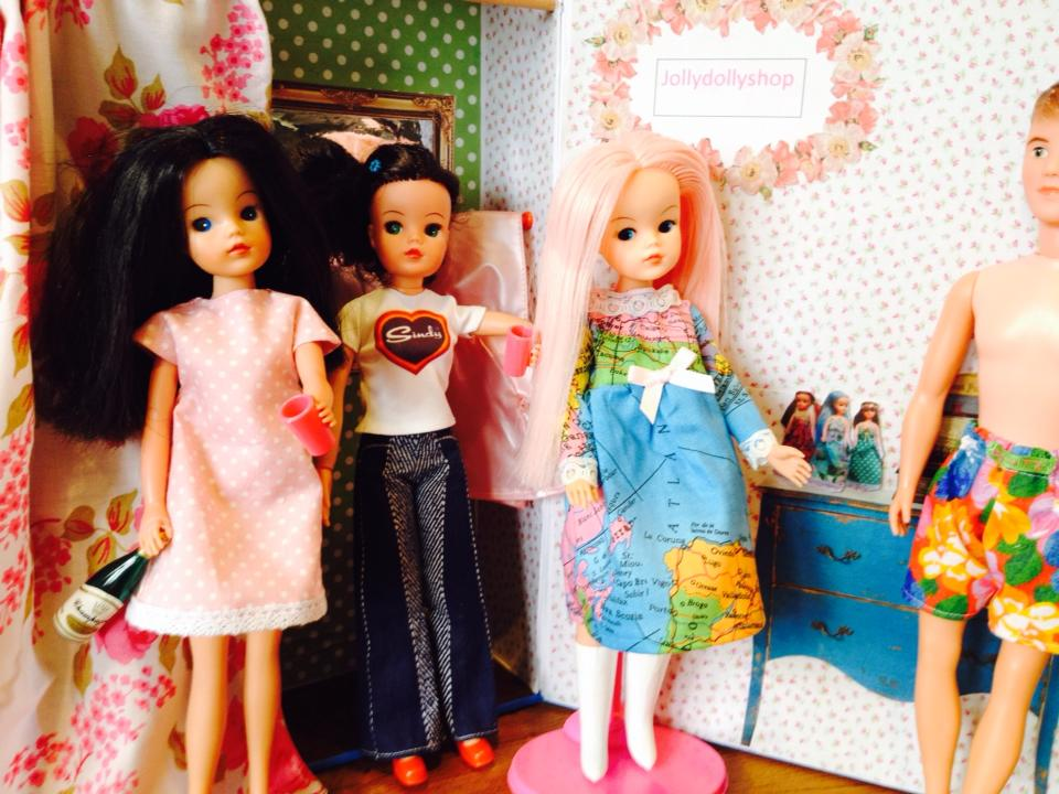 Sindy dresses are ready!